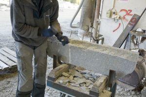 Stenarbetare på stenindustri