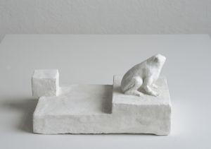 Staty av liten groda av Bianca Maria Barmen
