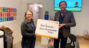 Årets pedagogpris 2020 delas ut av kommunstyrelsens vice ordförande. Prisvinnaren tar emot en check på 10 000 kr.