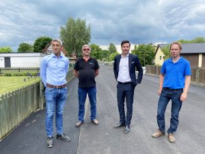 Bild på Per Fremark, VD SBVT, Leif Jönsson, projektledare SBVT. KSO Patric Åberg (M) och Henrik Arvidsson, mark- och exploateringschef.